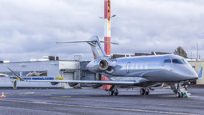 D-BHGN - Private Bombardier BD-100 Challenger 300 series