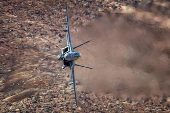XE-230 - USA - Navy Boeing F/A-18E Super Hornet