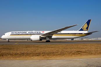 9V-SCE - Singapore Airlines Boeing 787-10 Dreamliner