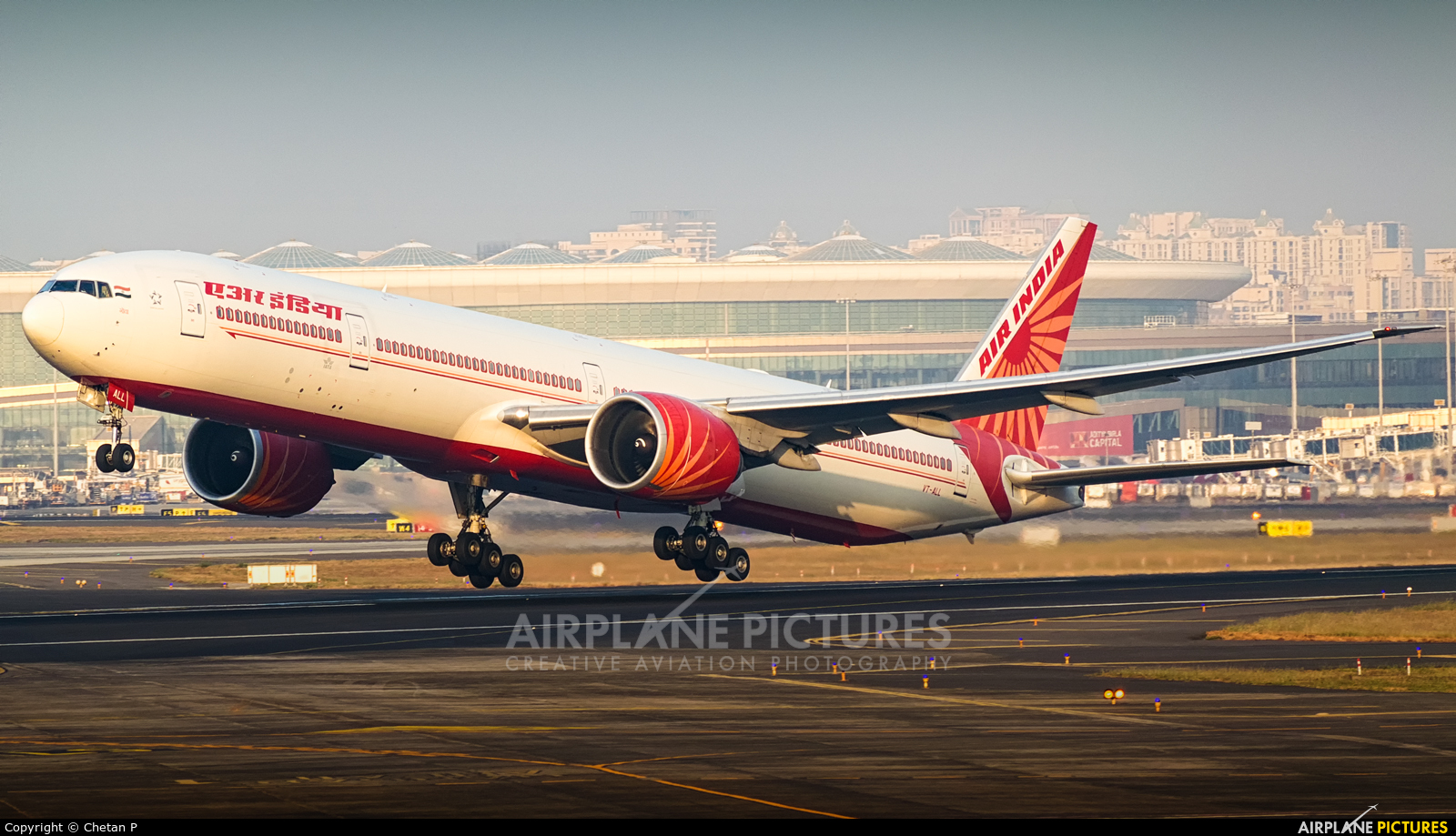 Air India VT-ALL aircraft at Mumbai - Chhatrapati Shivaji Intl
