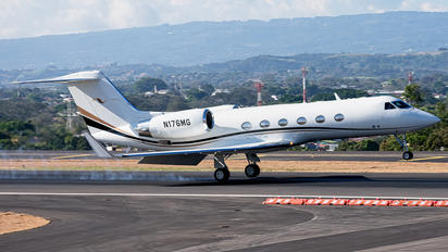 N176MG - Private Gulfstream Aerospace G-IV,  G-IV-SP, G-IV-X, G300, G350, G400, G450