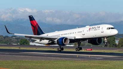 N549US - Delta Air Lines Boeing 767-200