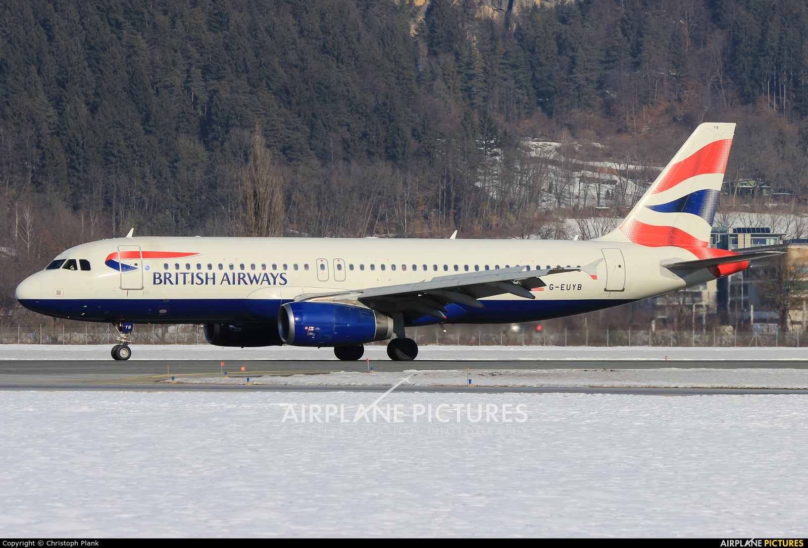 British Airways G-EUYB aircraft at Innsbruck