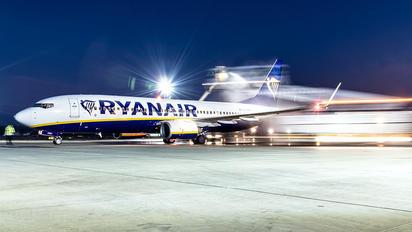 EI-DWO - Ryanair Boeing 737-8AS