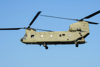 10-08856 - USA - Air Force Boeing CH-147F Chinook