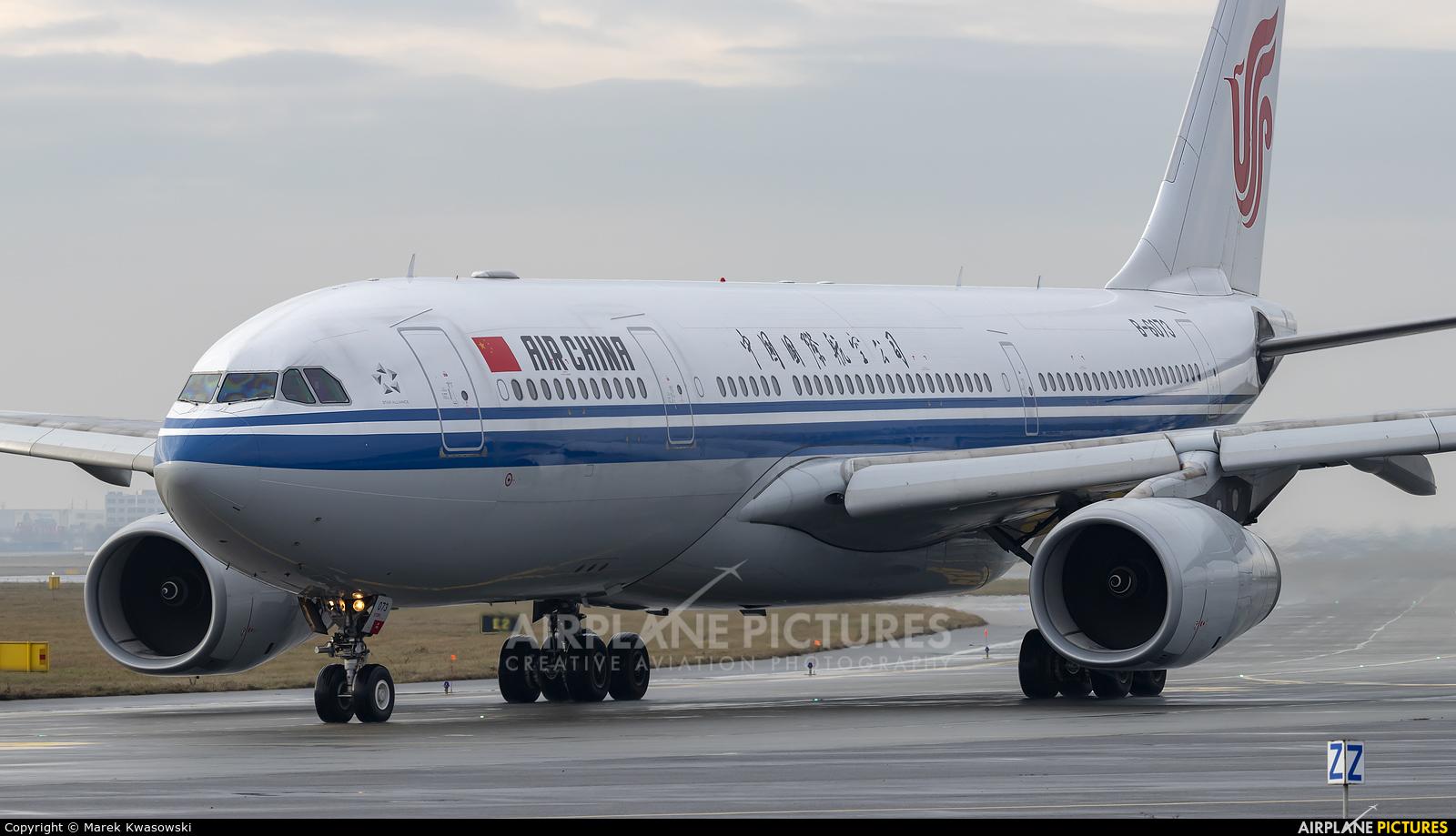 Air China B-6073 aircraft at Warsaw - Frederic Chopin