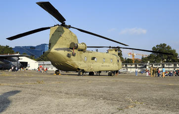 10-08856 - USA - Army Boeing CH-47F Chinook