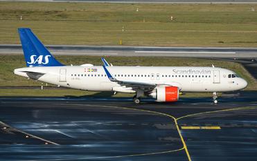 LN-RGL - SAS - Scandinavian Airlines Airbus A320 NEO