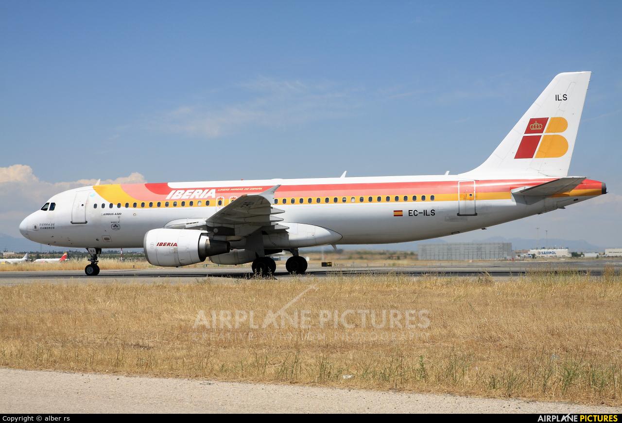 Iberia EC-ILS aircraft at Madrid - Barajas