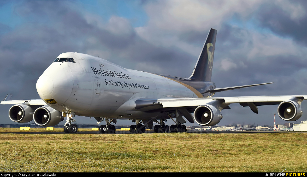 UPS - United Parcel Service N581UP aircraft at Warsaw - Frederic Chopin