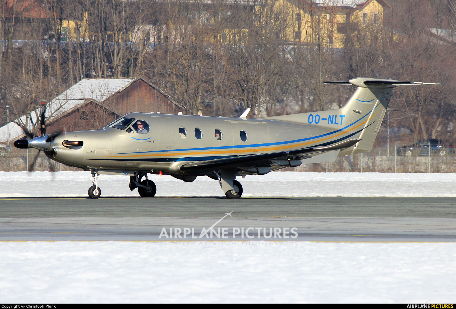Private OO-NLT aircraft at Innsbruck