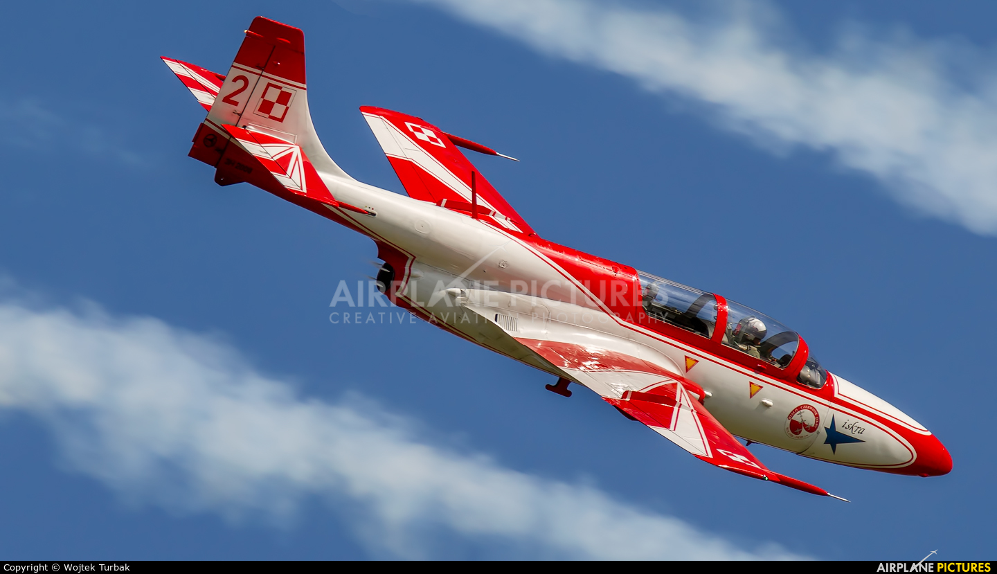 Poland - Air Force: White & Red Iskras 2 aircraft at Ostrava Mošnov