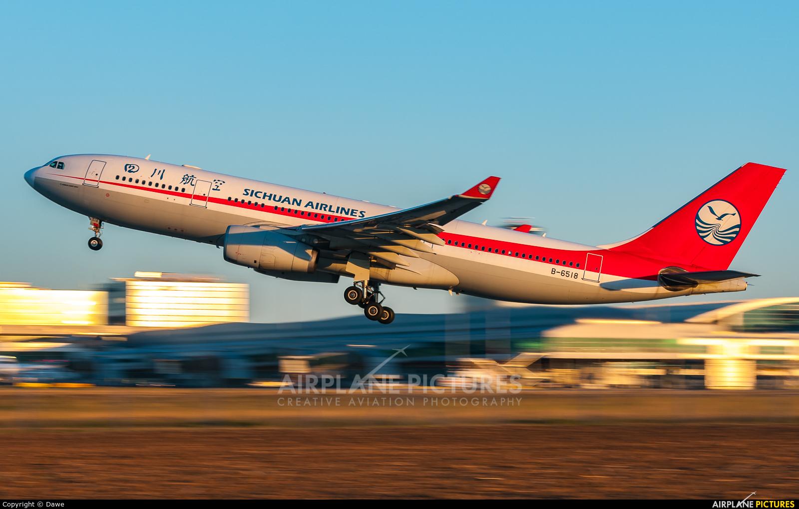 Sichuan Airlines  B-6518 aircraft at Prague - Václav Havel
