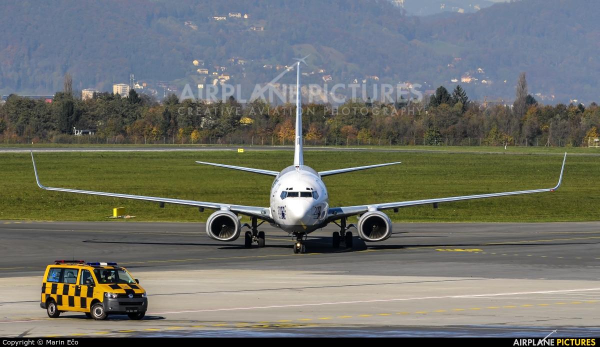SunExpress TC-SUO aircraft at Graz