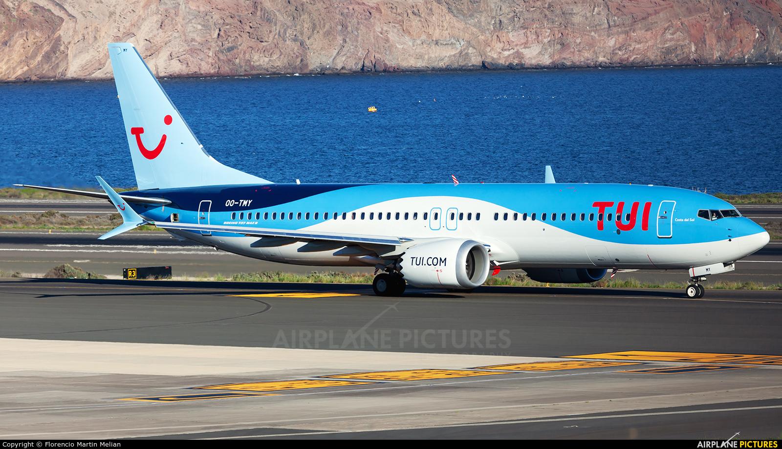 TUI Airlines Belgium OO-TMY aircraft at Aeropuerto de Gran Canaria