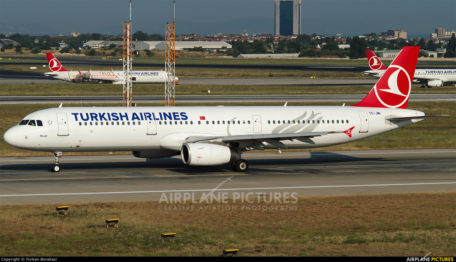 Turkish Airlines TC-JMI aircraft at Istanbul - Ataturk