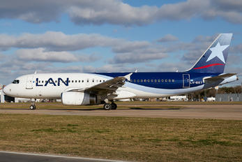 LV-BET - LAN Argentina Airbus A320