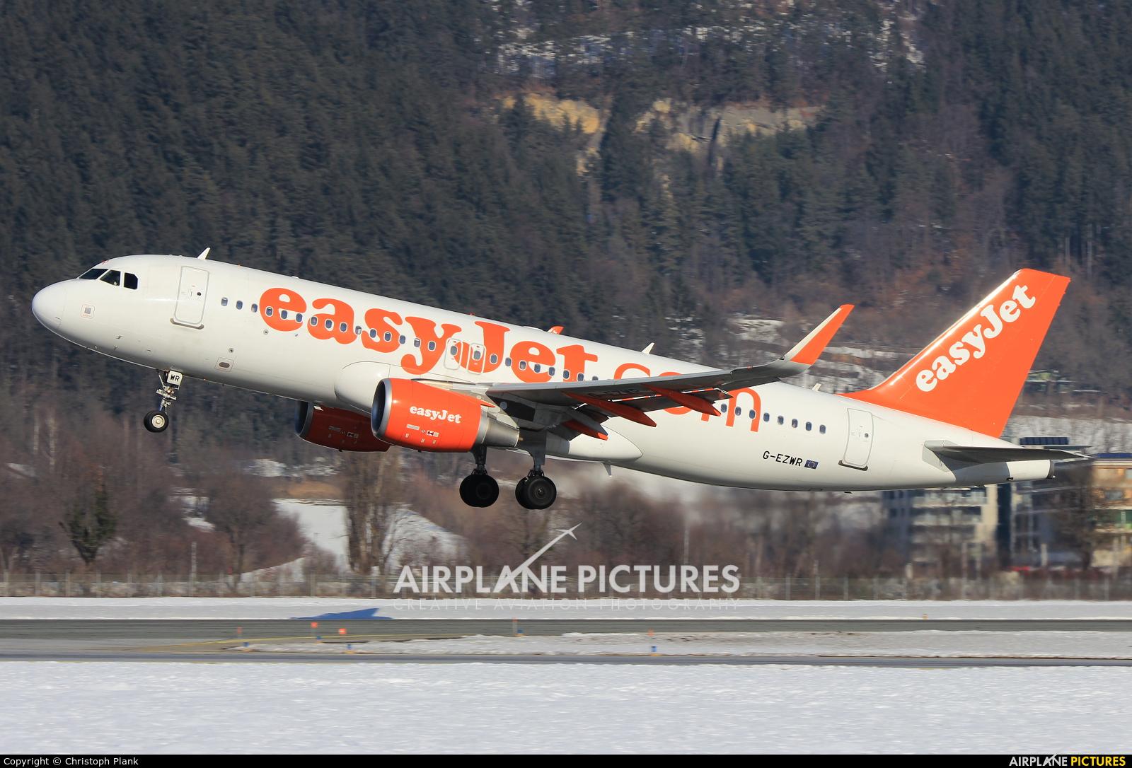 easyJet G-EZWR aircraft at Innsbruck
