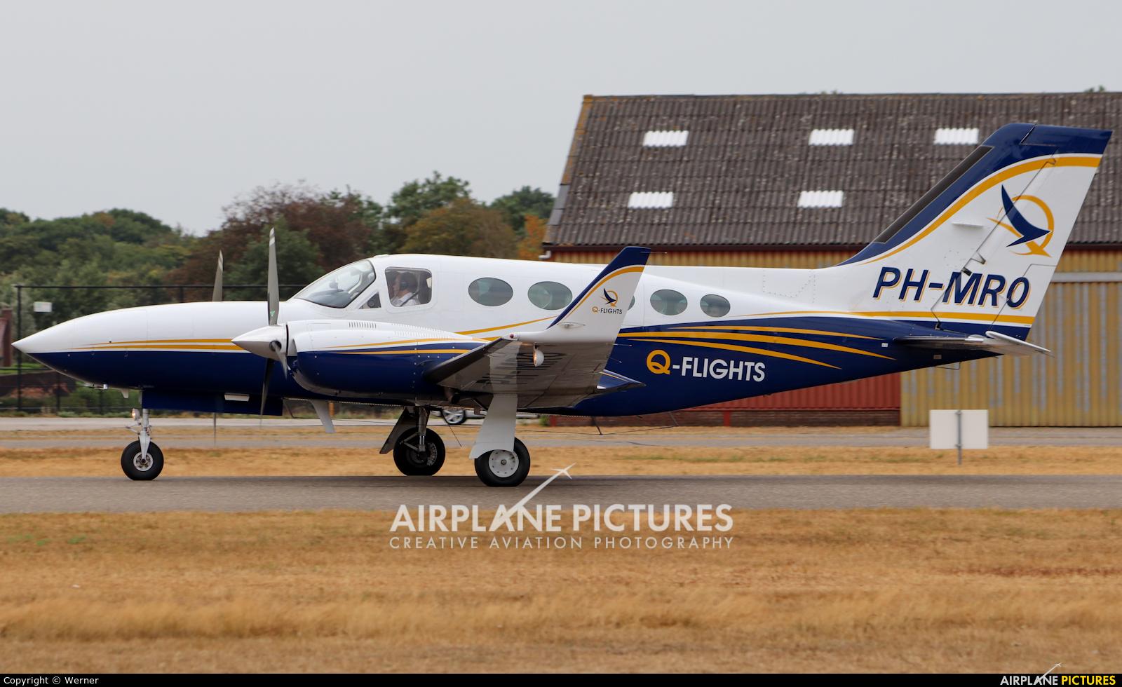 QFlights PH-MRO aircraft at Hoeven - Seppe