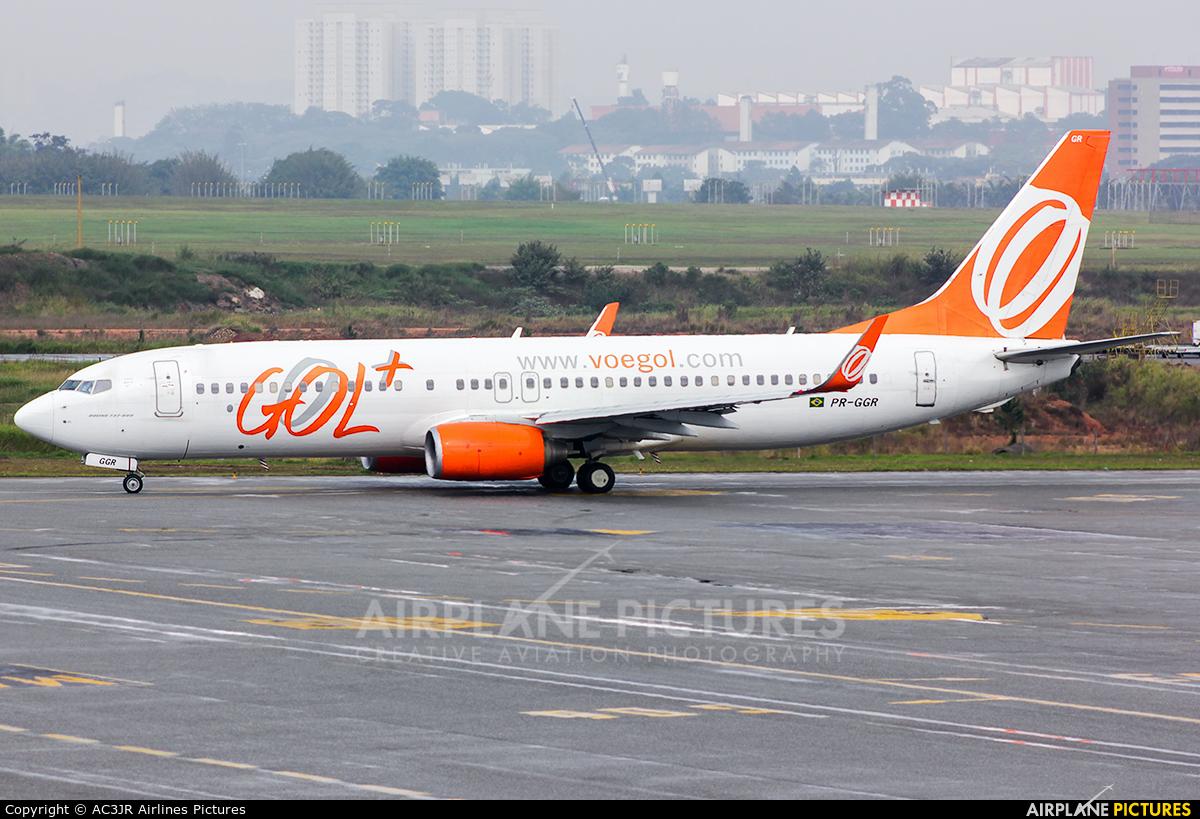 GOL Transportes Aéreos  PR-GGR aircraft at São Paulo - Guarulhos