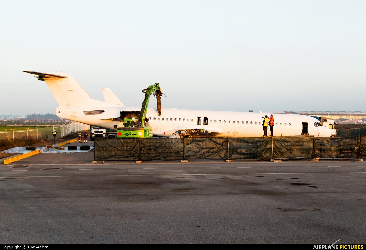 PGA Portugalia CS-TPB aircraft at Porto