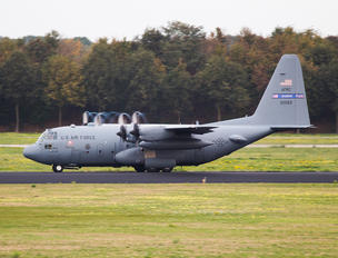 92-0552 - USA - Air Force Lockheed C-130H Hercules
