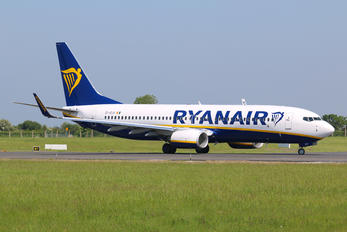 EI-GJX - Ryanair Boeing 737-8AS