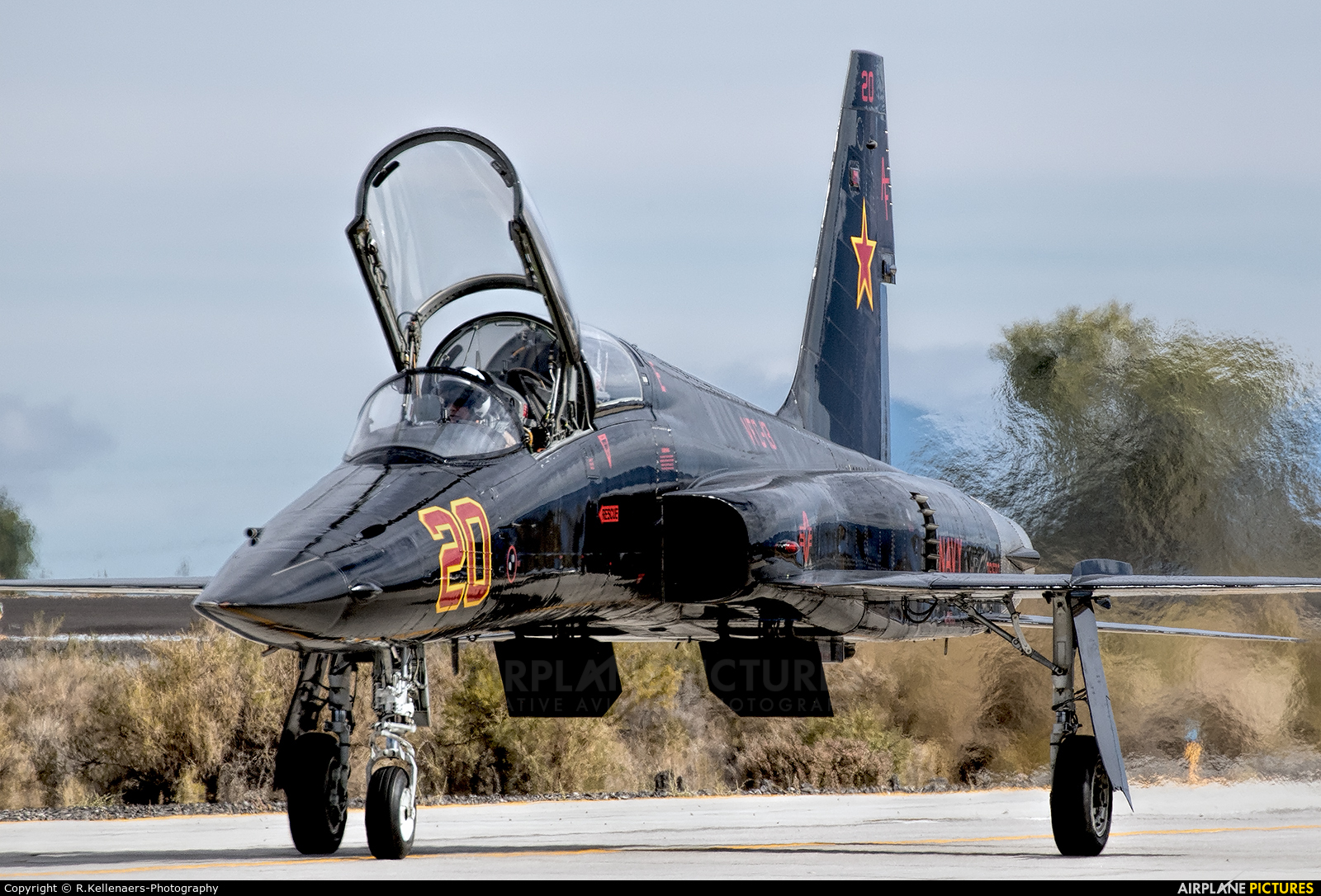 USA - Navy 761580 aircraft at NAS Fallon