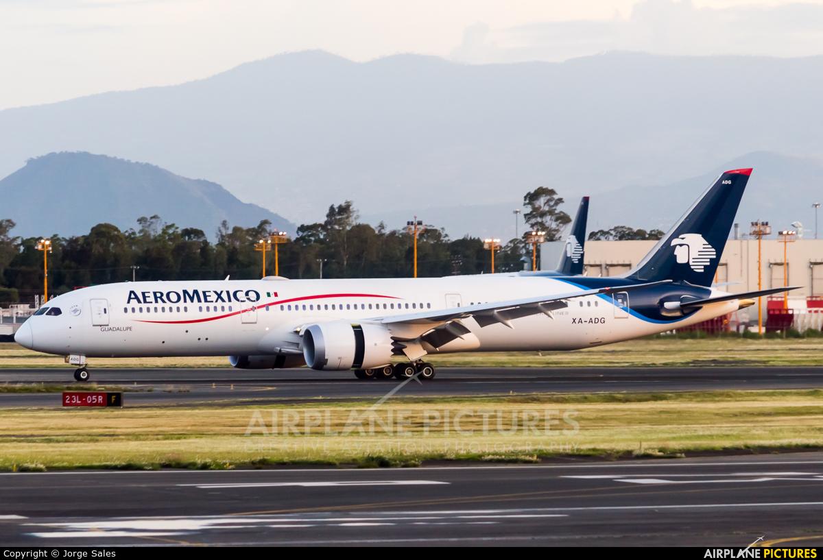 Aeromexico XA-ADG aircraft at Mexico City - Licenciado Benito Juarez Intl