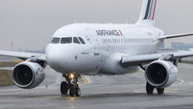 F-GUGR - Air France Airbus A318 aircraft
