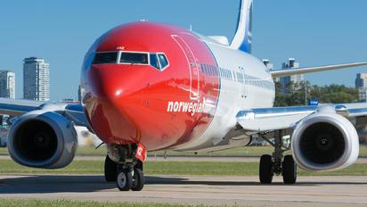 LV-IQZ - Norwegian Argentina Boeing 737-800