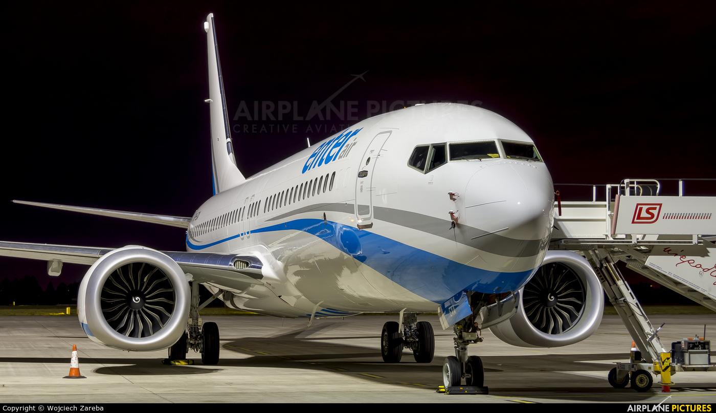 Enter Air SP-EXA aircraft at Warsaw - Frederic Chopin
