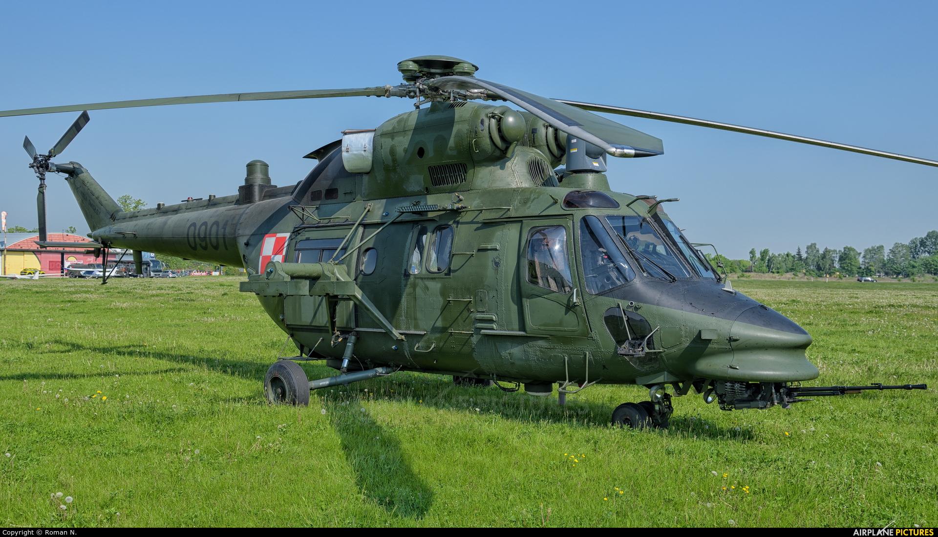 Poland - Army 0901 aircraft at Inowrocław