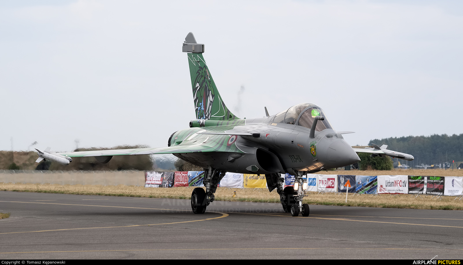 France - Air Force 113-IX aircraft at Radom - Sadków