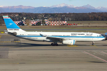 9K-APA - Kuwait Airways Airbus A330-200