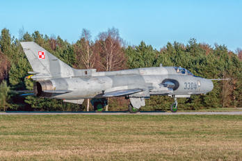 3304 - Poland - Air Force Sukhoi Su-22M-4