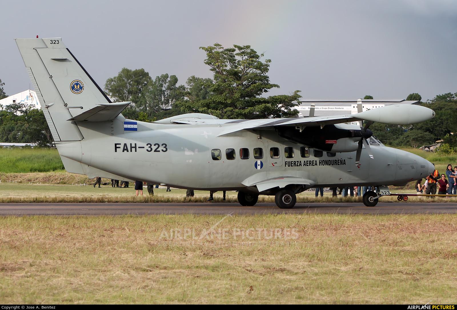 Honduras - Air Force FAH-323 aircraft at Tegucigalpa - Toncontin