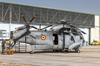 HS.9-15 - Spain - Navy Sikorsky SH-3H