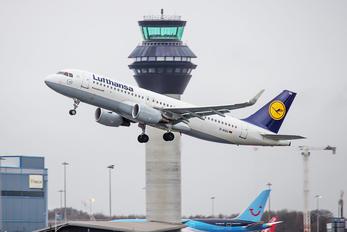 D-AIUU - Lufthansa Airbus A320
