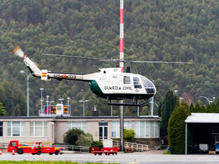 HU.15-79 - Spain - Guardia Civil MBB Bo-105CB
