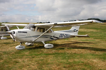 OO-CEU - Private Cessna 172 Skyhawk (all models except RG)