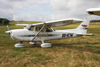 OO-VCW - Private Cessna 172 Skyhawk (all models except RG)