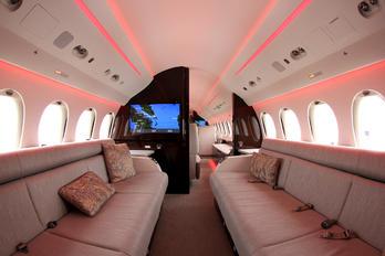 F-HVIP - Dassault Aviation Dassault Falcon 8X
