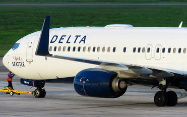 N809DN - Delta Air Lines Boeing 737-900ER