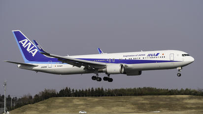 JA626A - ANA - All Nippon Airways Boeing 767-300ER