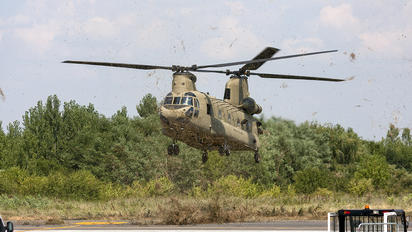 14-08169 -  Boeing CH-47F Chinook