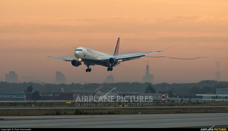 Delta Air Lines N841MH aircraft at Frankfurt