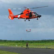 6573 - USA - Coast Guard Aerospatiale MH-65C Dolphin
