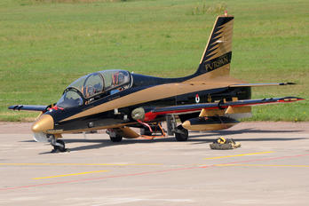 442 - United Arab Emirates - Air Force Aermacchi MB-339NAT