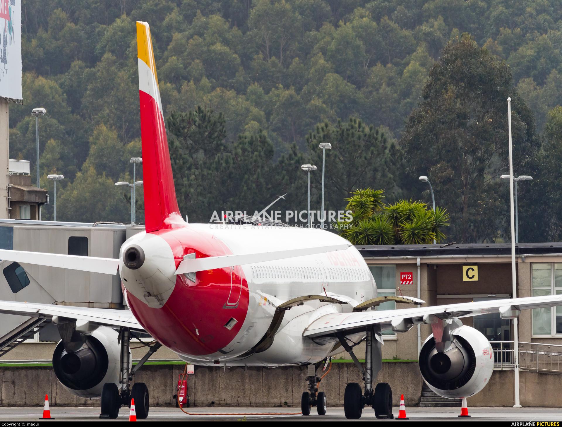 Iberia EC-IEG aircraft at La Coruña